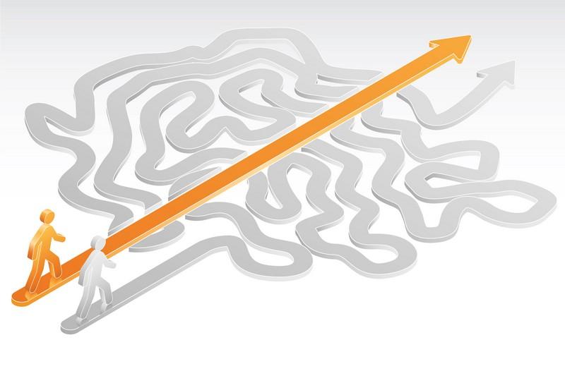 Хорошая навигация определяется как та, при которой до самой отдаленной страницы пользователь может добраться при помощи трех щелчков мышью.