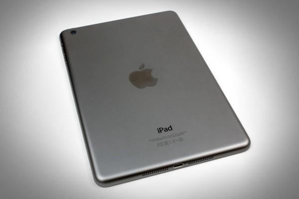 корпорация в скором времени намерена свернуть производство устаревших планшетов iPad 2